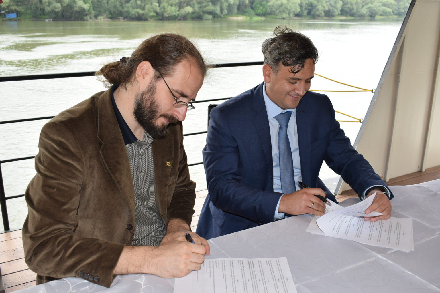 LIBERLAND BUILDS STRONG TIES WITH VOJVODINA PROVINCE Apatin Free Trade Zone Chamber of Commerce 5